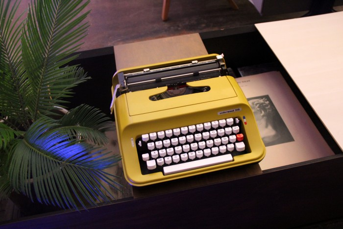 Olivetti Underwood 319